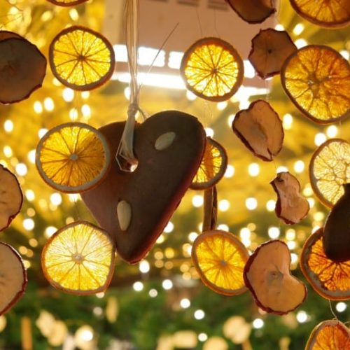 Lemon slices decor